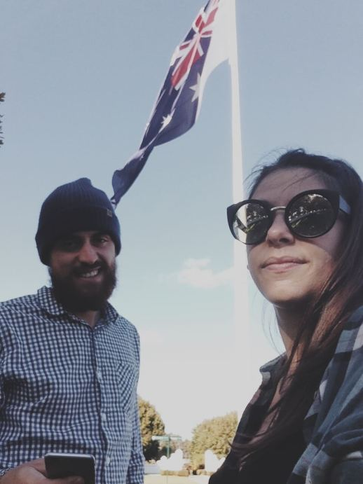cosa fare appena arrivati in Australia | backpacking in Australia | Working Holiday Visa | Come ottenere il visto per l'Australia | Come viaggiare con pochi soldi | viaggiare spendendo poco | Girl and her kite - budget travel couple