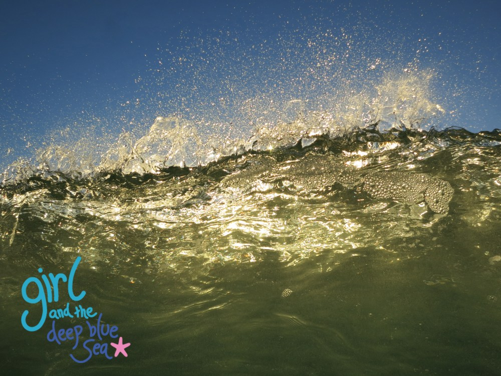 wave breaking gold light