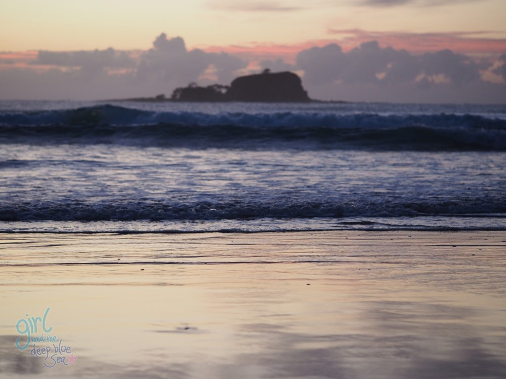 dawn Mudjimba Beach ocean