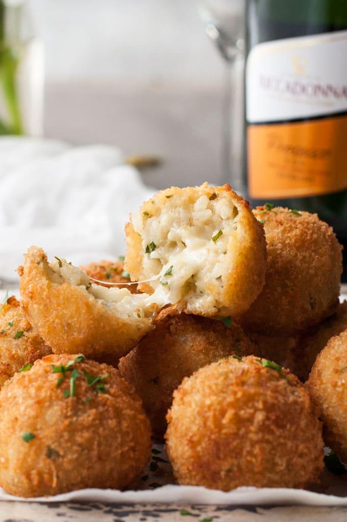 Cheesy-Italian-Arancini-Balls_680px_2