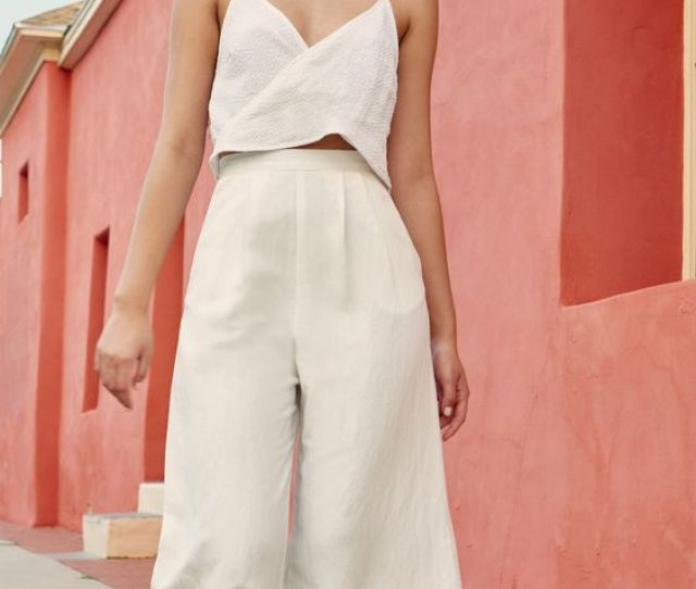 Easy Outfits For Spring Break Vacation Small Top Wide Cropped Pants Linen Girlfriend