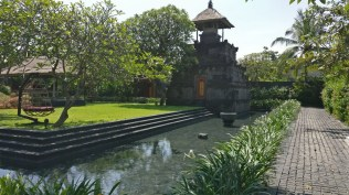 Bali Honeymoon W Hotel Oasis