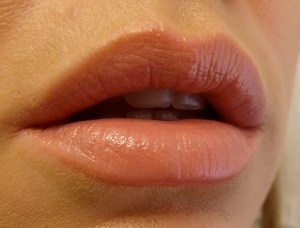 Juicy Beauty Purely Kissable Lip Color