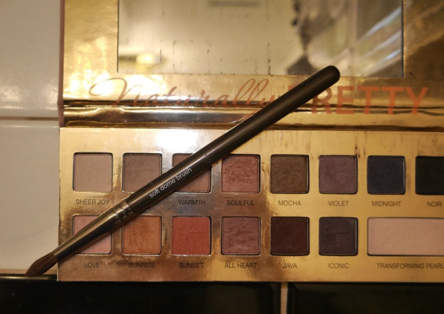 it-cosmetics-naturally-pretty-eyeshadow-palette-review-swatches-swatch-bridal-makeup-tutorial.jpeg