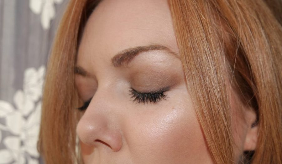 Finished look with the individual lashes and mascara.