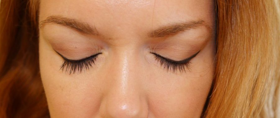 With the mascara and fiber on the Left, no product on the Right.