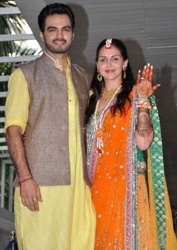 Boollywood Actress Esha Deol Wedding Functions At Glance