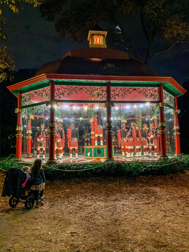 Holiday at The Dallas Arboretum