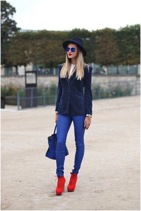 What not to wear Paris -blue is fun