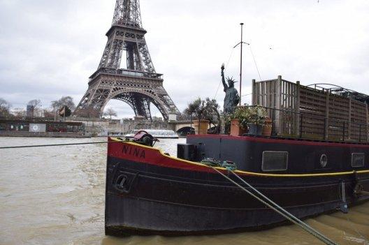 Friday Fun Facts Statue of Liberty Paris - Houseboat Nina