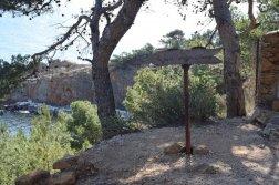 Provence's Blue Coast - dangerous path to Calanque de Figuieres