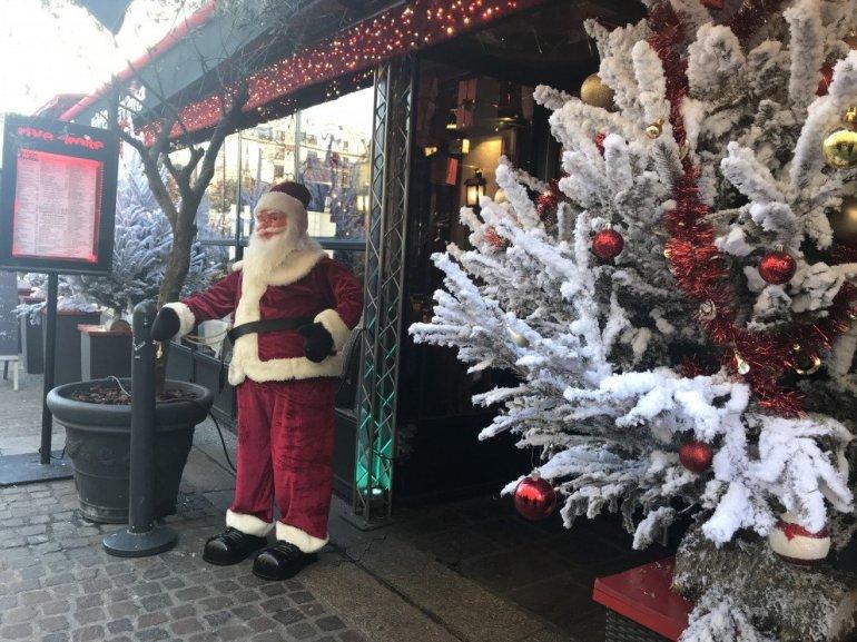 Parisian Holiday Season - Santa - Le Pere Noel