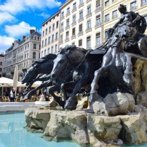 Silent Sunday - Lyon - Fontaine Bartholdi