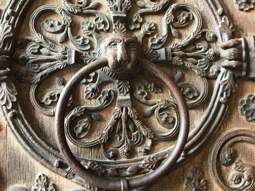 Honoring Notre-Dame-de-Paris - Door knocker