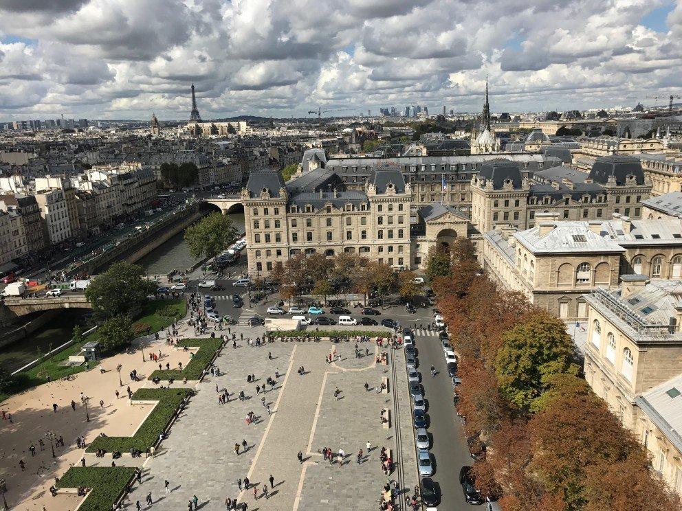 Honoring Notre-Dame-de-Paris - Courtyard