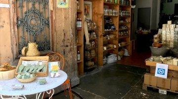 Silent Sunday - Provence - Savonnerie du Moulin a Grain