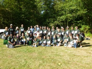 Volunteers at TD Tree Days. Bear Creek Park. Surrey. BC.
