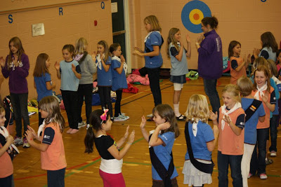 Girl Guides playing Cairamusa