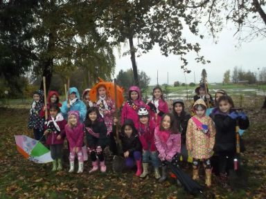 2nd Sparks and 5th Brownies of the Rivers End district