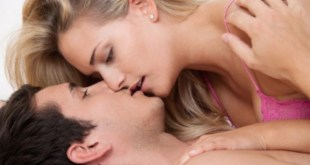 How to Make Out With a Girl