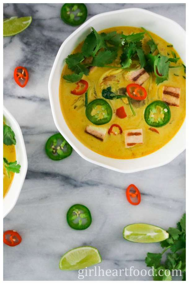 Zucchini Noodle Curry Coconut Soup with Grilled Tofu {vegetarian, gluten free, dairy free} - girlheartfood.com