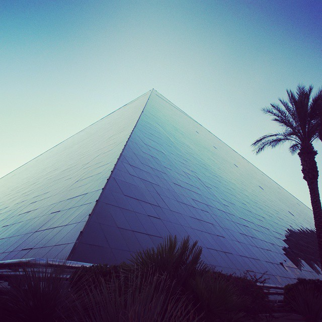 the-luxor-hotel-las-vegas
