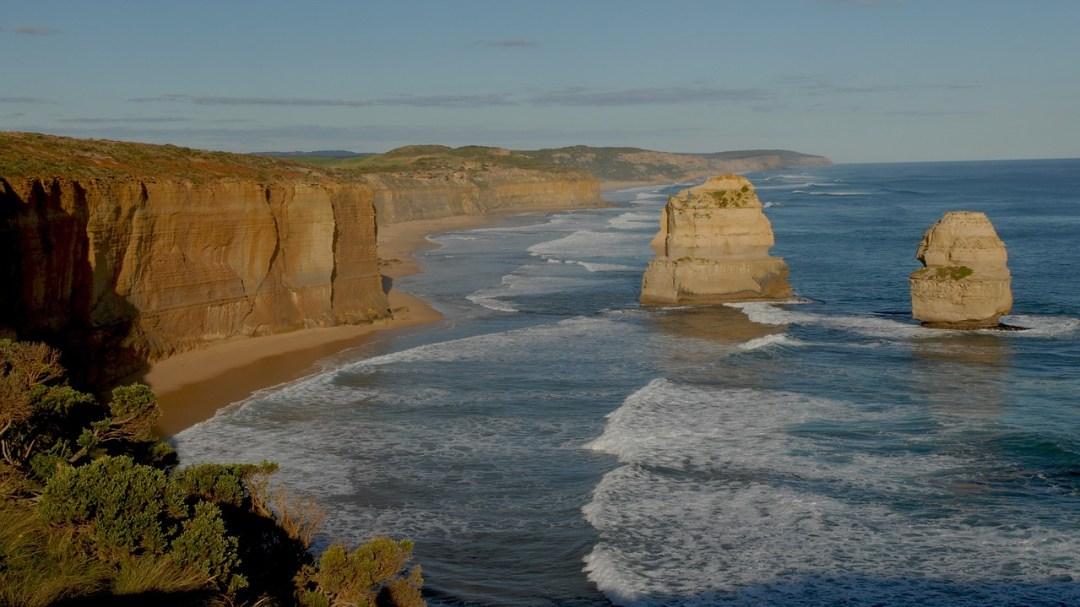 girlinchief-top-four-sightseeing-stunners-in-australia-ocean-road
