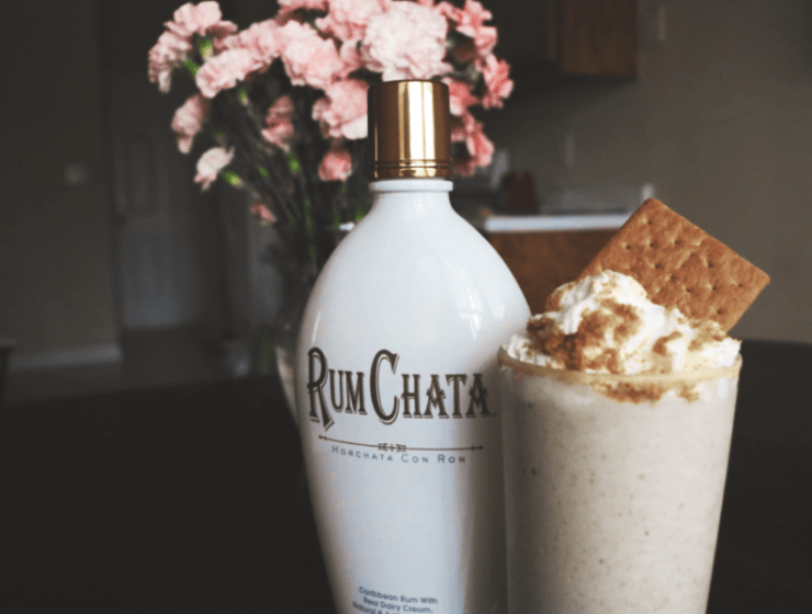 Yummy Gingerbread Cookie Milkshake With RumChata