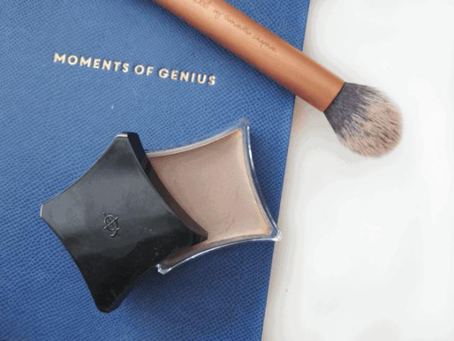 Illamasqua hollow cream pigment contour with real techniques contour brush