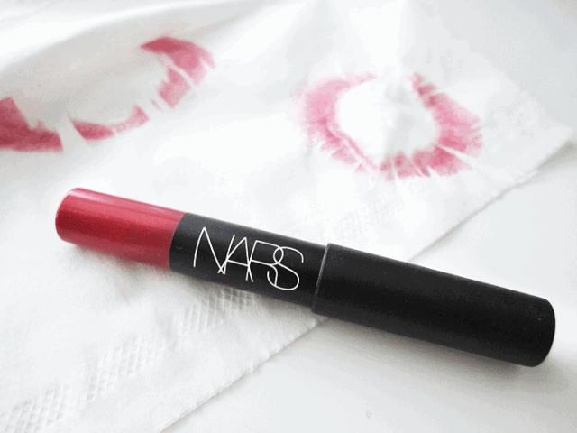 red lipstick nars velvet matte lip pencil cruella girllovesgloss.com