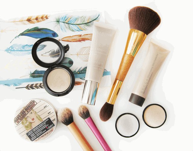 What is strobing. Strobing products and brushes. Highlighting.