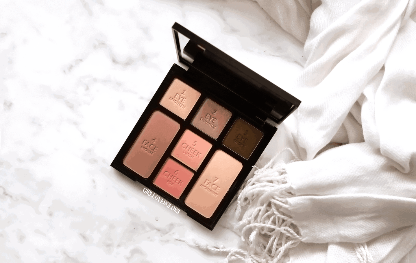 Charlotte Tilbury Instant Look In A Palette Review + Giveaway