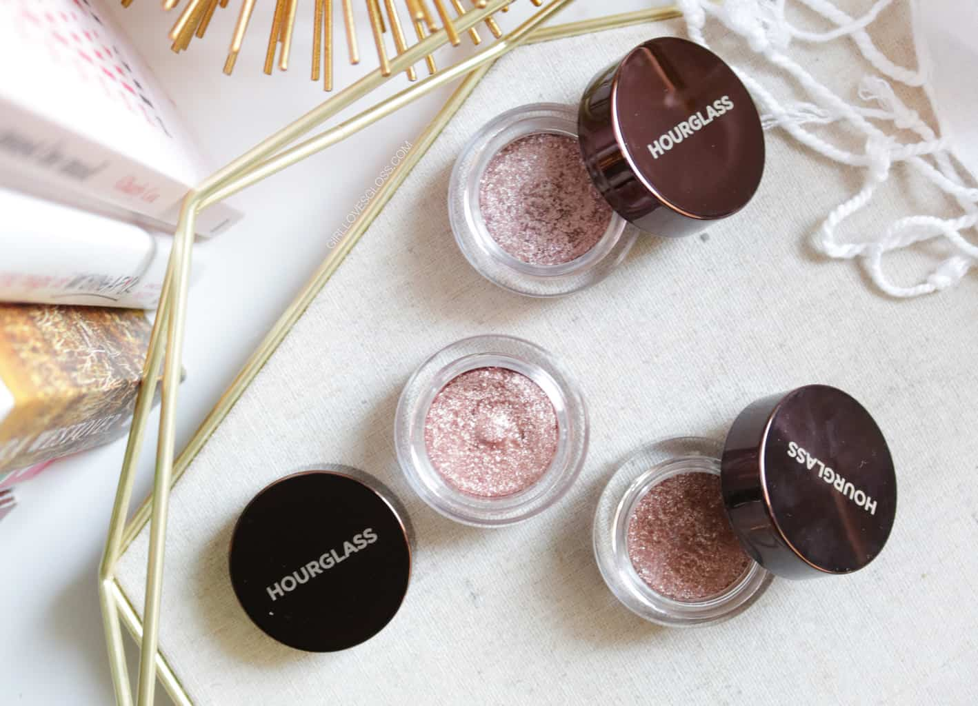Hourglass Scattered Light Eye Shadow Review Swatches