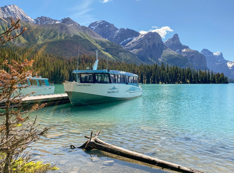 Maligne Lake Cruise, Jasper National Park, Alberta