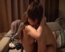 美人の女性向け無料エロ動画。禁断の親近セックス!