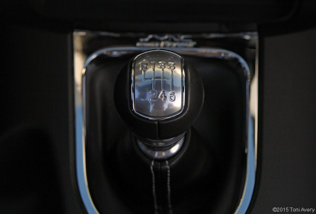 2015 Ford Mustang EcoBoost shift knob