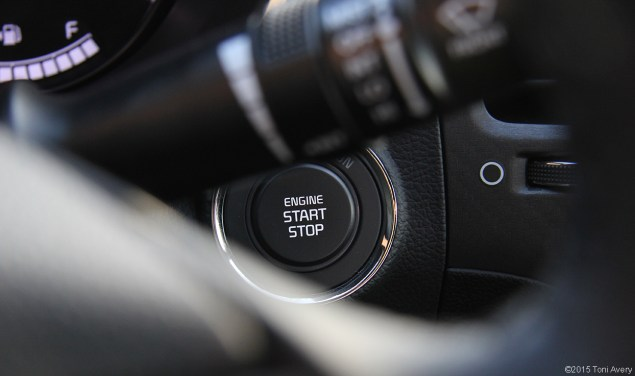 2015 Kia Forte Koup SX push start button