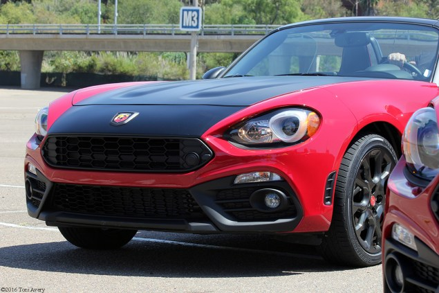 2017 Fiat 124 Spider Launch Abarth front 2