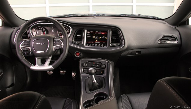 2016 Dodge Challenger SRT 392 interior