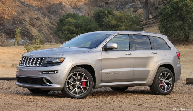 2016 Jeep Grand Cherokee SRT front