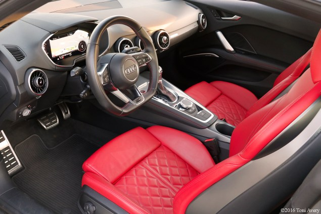 2016 Audi TTS Coupe interior