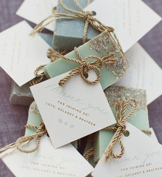 20 Diy Wedding Favors Ideas For Small Budgets Girlsinsights