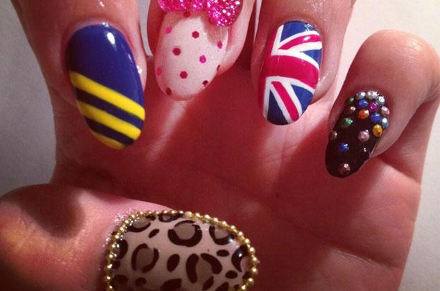 E S Nails