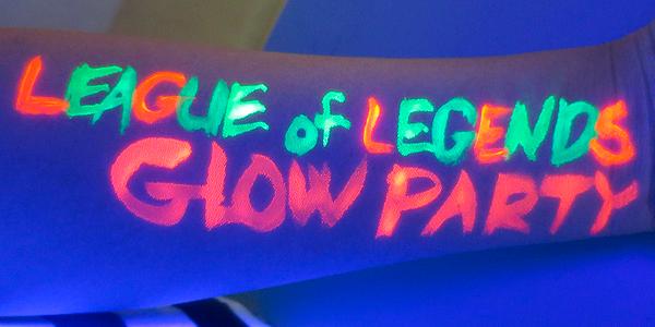 LoL Glow Party
