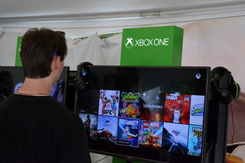 Xbox One Booth @ Osheaga 2014 © Girls On Games
