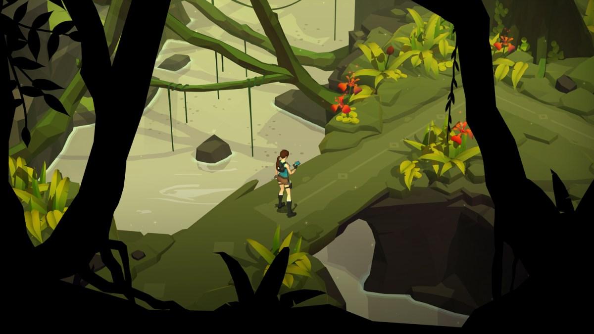 Entering the tomb - Lara Croft GO screenshot - Square Enix