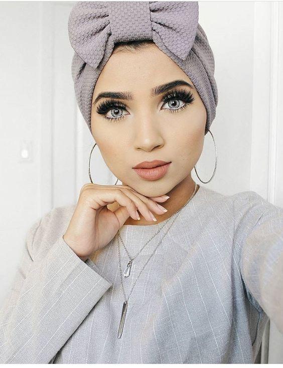 بنات محجبات كيوت الفتاة الجميلة دي اخر دلع ومتالقة بحجابها