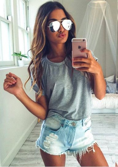 Sunglasses for Spring Summer, trends, mirrored sunglasses, runways styles, Gucci, Chanel, Prada