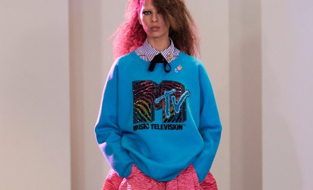 7 Biggest 80s Trends to Wear Right Now!