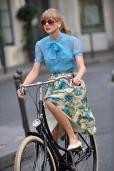 Taylor Swift Films Her 'Begin Again' Music Video in Paris